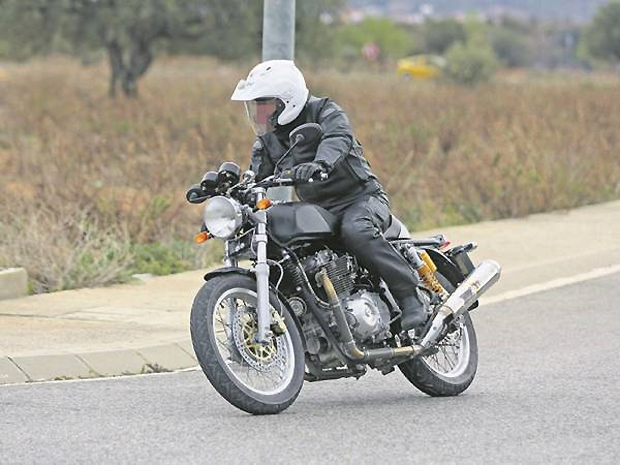 royal-enfield-prototype-ago-2017-2-copy