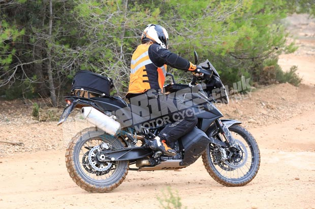 ktm-790-adventure-prototype-nov-2017