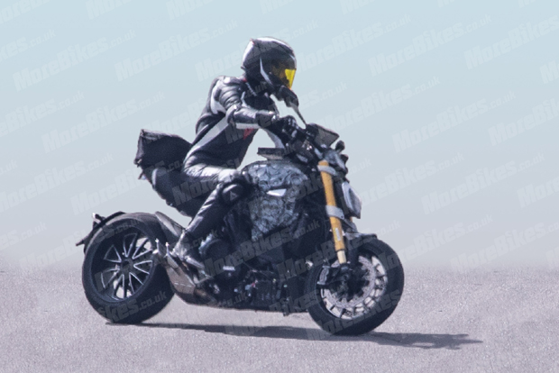 ducati-diavel-2019-prototype-jul2018-2